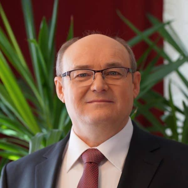 Robert Käfer – Geschäftsleitung
